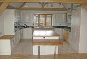 Oak Kitchen Painting Wiltshire
